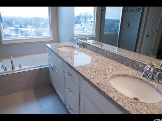 112 W MEADOW LARK LN Unit 89 Elk Ridge, UT 84651 - MLS #: 1535851