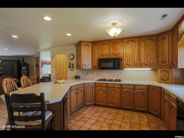 625 E SOUTH WEBER DR South Weber, UT 84405 - MLS #: 1538406
