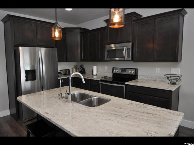 6533 W THISTLE RIDGE CV West Jordan, UT 84081 - MLS #: 1539948