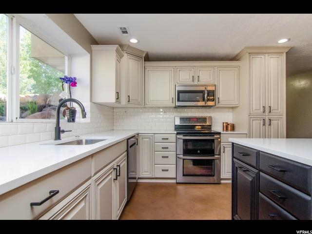 9947 S EDEN CREST RD South Jordan, UT 84095 - MLS #: 1542435