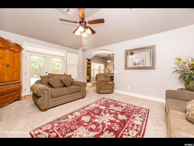 2504 E 2300 SOUTH CIR St. George, UT 84790 - MLS #: 1542648