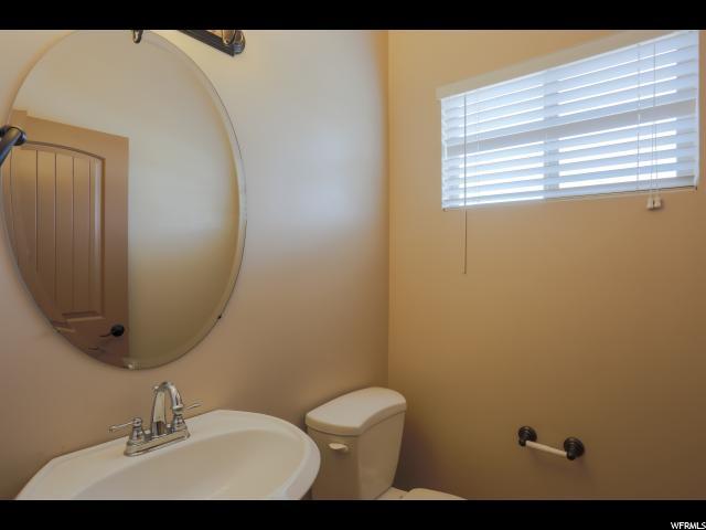 1484 W RAMOLA ST Kaysville, UT 84037 - MLS #: 1542976