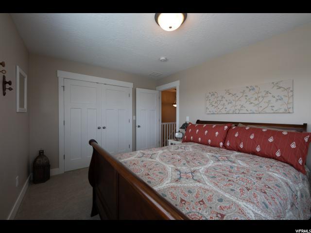 1198 W Holt Farm Rd