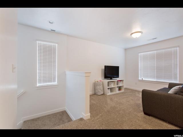 453 S BURR OAK LN Saratoga Springs, UT 84045 - MLS #: 1545255
