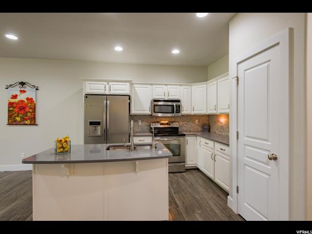 206 W BALLANO WAY Centerville, UT 84014 - MLS #: 1545339