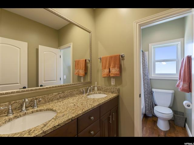 14004 S POINT HILLS CV Draper, UT 84020 - MLS #: 1545355
