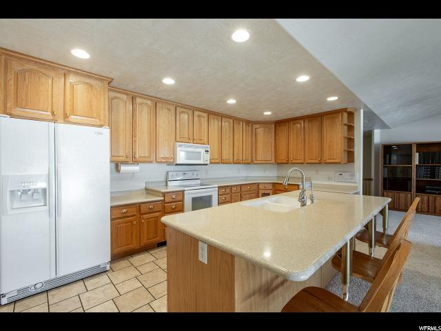 11527 S JORDAN FARMS RD South Jordan, UT 84095 - MLS #: 1545831