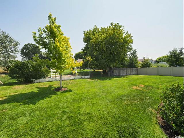 2913 S GATESHEAD DR West Valley City, UT 84120 - MLS #: 1546182