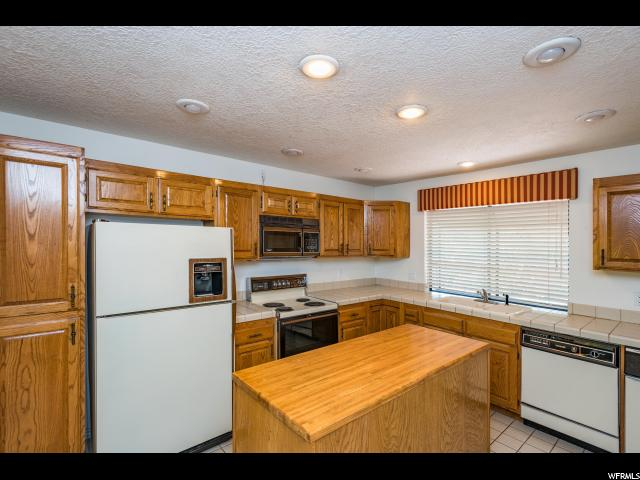 545 S VALLEY VIEW DR St. George, UT 84770 - MLS #: 1546210
