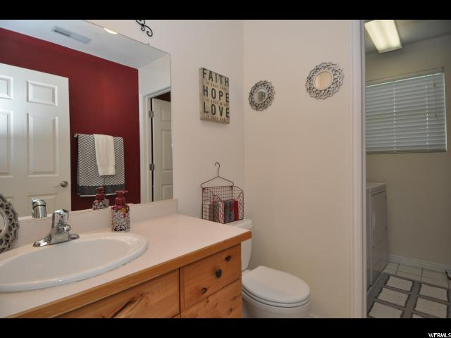 8162 S SUMMIT VALLEY DR West Jordan, UT 84088 - MLS #: 1546217