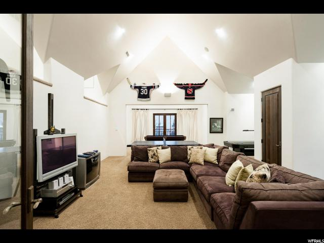 2492 E WALKER LN Holladay, UT 84117 - MLS #: 1546287