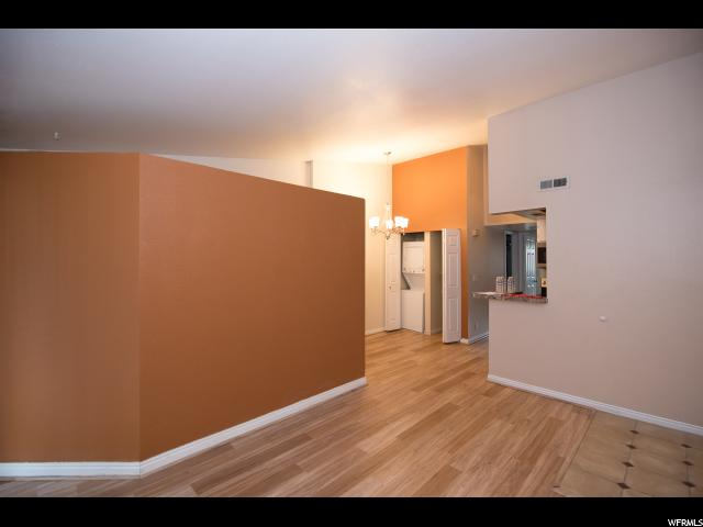 959 E SPRING CREST CT Unit 30 Midvale, UT 84047 - MLS #: 1546405