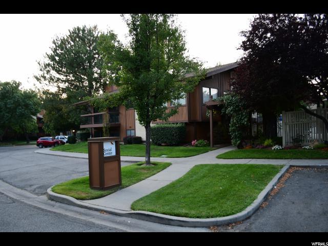 1087 E COUNTRYWOODS CIR Unit 20 C Cottonwood Heights, UT 84047 - MLS #: 1546435