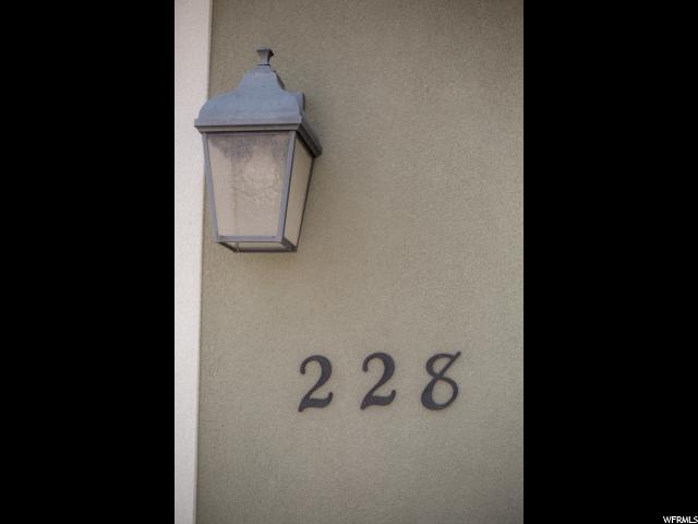 228 S 2850 Vernal, UT 84078 - MLS #: 1546453