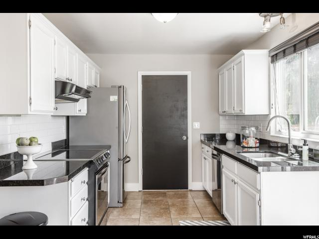 1545 E LEXINGTON LEXINGTON Sandy, UT 84092 - MLS #: 1546524