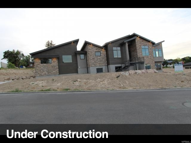 10268 S JORDAN CREEK DR, South Jordan UT 84095