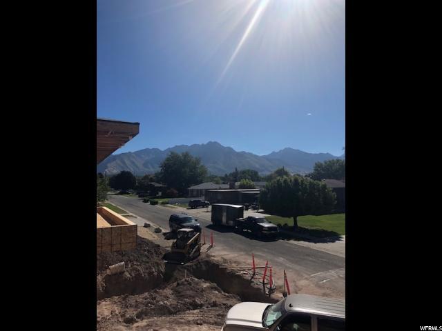 911 E FAIRCLOUGH FAIRCLOUGH Salt Lake City, UT 84106 - MLS #: 1555783