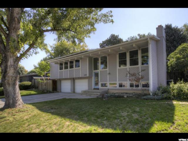 5797 S BEAUMONT DR, Holladay UT 84121