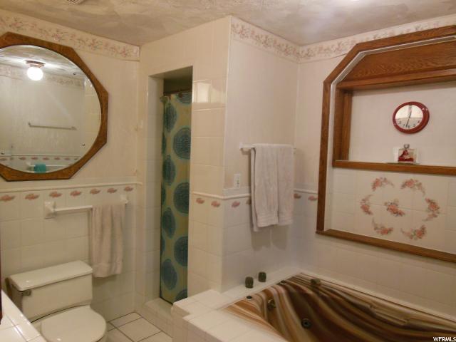 6860 S WILLOW WILLOW Cottonwood Heights, UT 84121 - MLS #: 1566343
