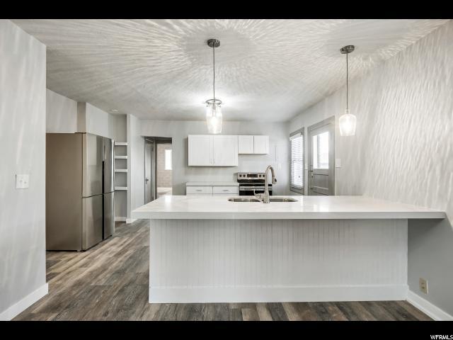 974 E GARFIELD, Salt Lake City, Utah 84105, 3 Bedrooms Bedrooms, ,2 BathroomsBathrooms,Single family,For sale,GARFIELD,1568583