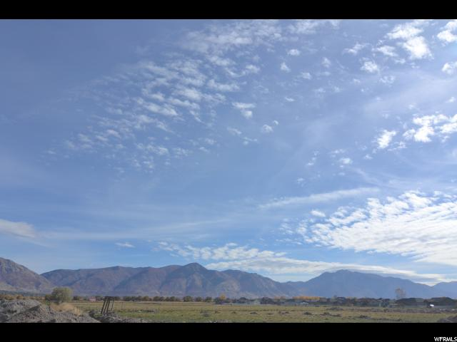 2991 N 2575 2575 Farr West, UT 84404 - MLS #: 1569106