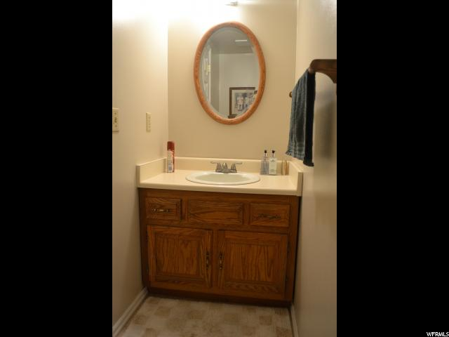 1009 N 250 250 Centerville, UT 84014 - MLS #: 1569648