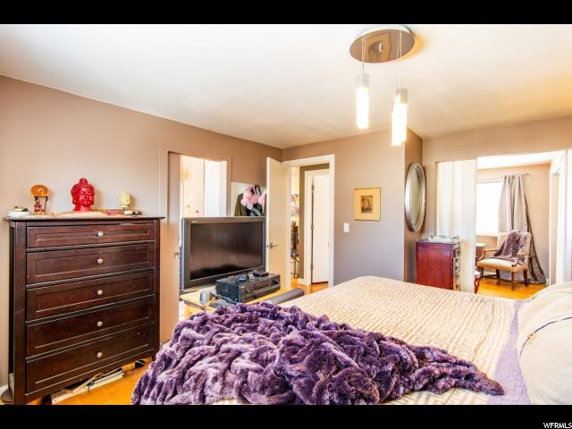 9174 S QUAIL HOLLOW QUAIL HOLLOW Sandy, UT 84093 - MLS #: 1570757