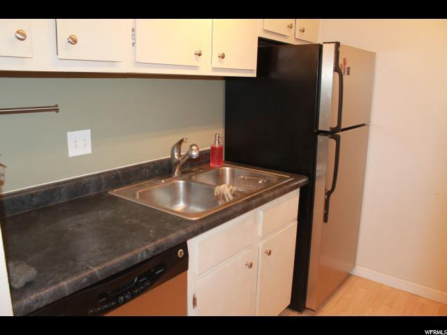 14 W LESTER LESTER Unit A17 Murray, UT 84107 - MLS #: 1570914