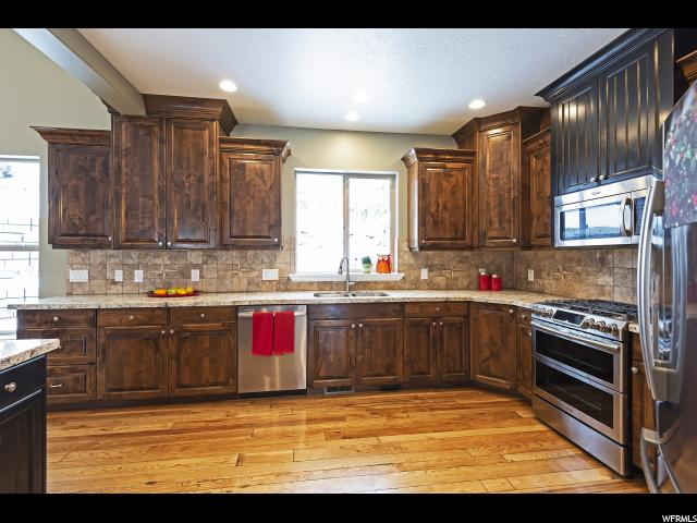 2112 E Dimple Dell S RD, Sandy, Utah 84092, 6 Bedrooms Bedrooms, ,6 BathroomsBathrooms,Single family,For sale,E Dimple Dell S RD,1580812