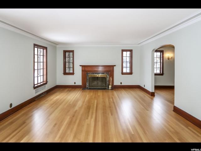 1380 E Harvard Ave