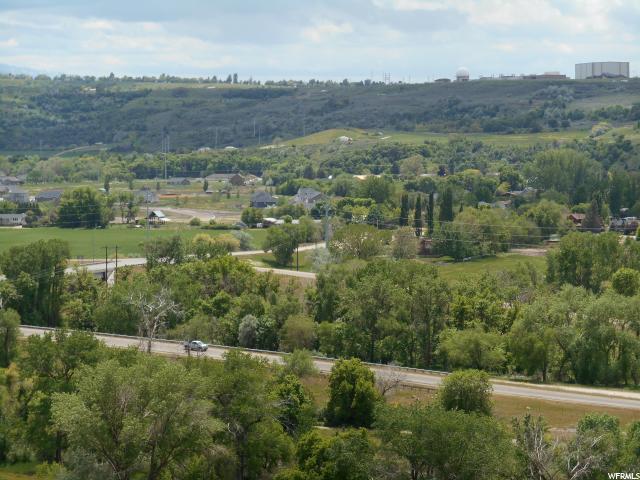 727 E Pebble Creek Dr South Weber, UT 84405 MLS# 1591217