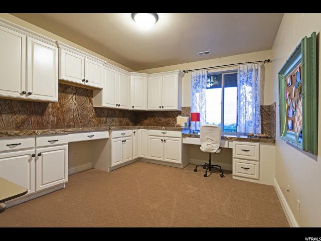 3735 Black Horn PL, Sandy, Utah 84092, 5 Bedrooms Bedrooms, ,5 BathroomsBathrooms,Single family,For sale,Black Horn PL,1591768