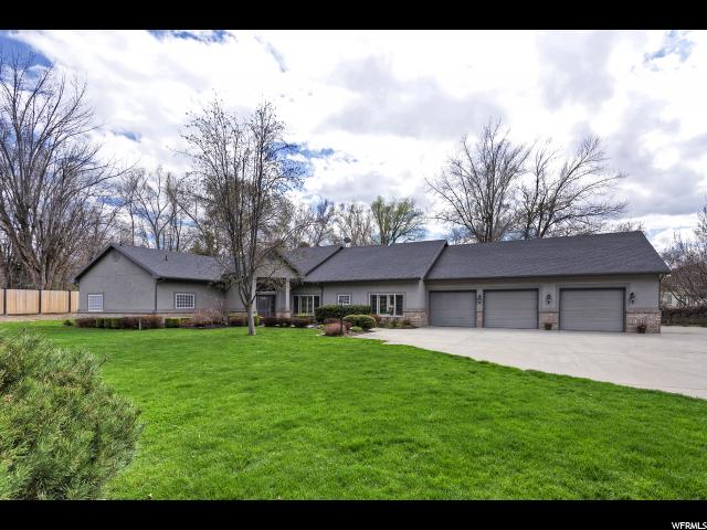 1860 E Forest Bend S Dr.