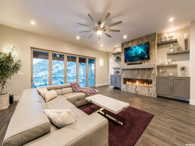 3877 E Alta Approach S, Sandy, Utah 84092, 4 Bedrooms Bedrooms, ,5 BathroomsBathrooms,Single family,Under Contract,E Alta Approach S,1599773