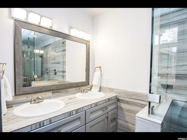 1480 Three Kings Drive #25, Apt 25