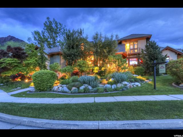3386 E CANYON CREEK DR, Cottonwood Heights UT 84121