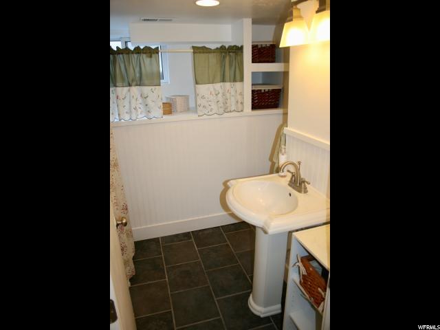 666 E BRYAN, Salt Lake City, Utah 84105, 3 Bedrooms Bedrooms, ,1 BathroomBathrooms,Single family,For sale,BRYAN,1607279