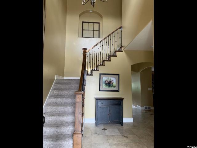 10701 S AMBERLEY- Sandy- Utah 84094, 5 Bedrooms Bedrooms, ,3 BathroomsBathrooms,Single family,For sale,AMBERLEY,1608715