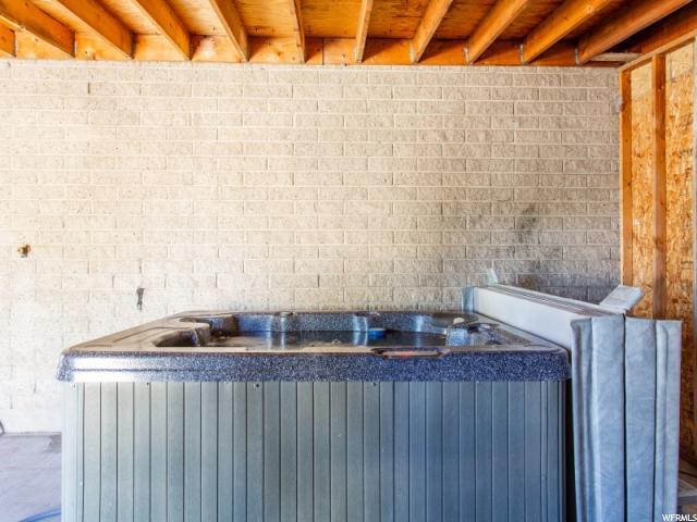 1222 E Serpentine S WAY, Sandy, Utah 84094, 3 Bedrooms Bedrooms, ,3 BathroomsBathrooms,Single family,For sale,E Serpentine S WAY,1614020