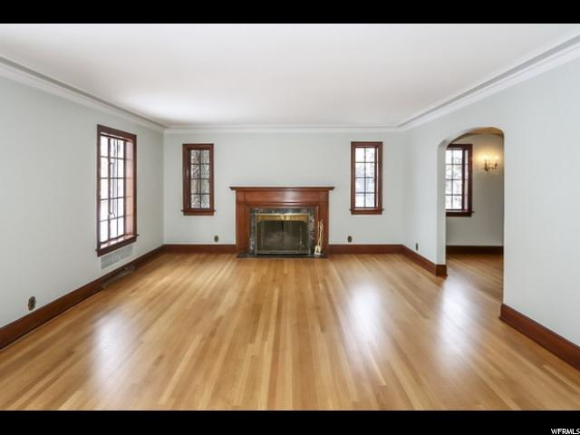 1380 E Harvard