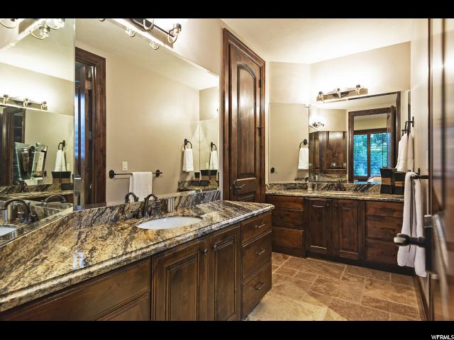 11 Bentbrook LN, Sandy, Utah 84092, 6 Bedrooms Bedrooms, ,7 BathroomsBathrooms,Single family,For sale,Bentbrook LN,1622509