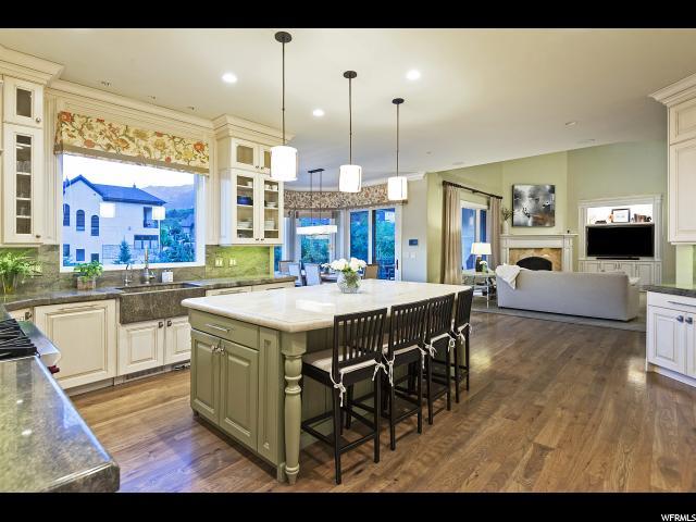 11 Bentbrook LN, Sandy, Utah 84092, 6 Bedrooms Bedrooms, ,7 BathroomsBathrooms,Single family,For sale,Bentbrook LN,1622509