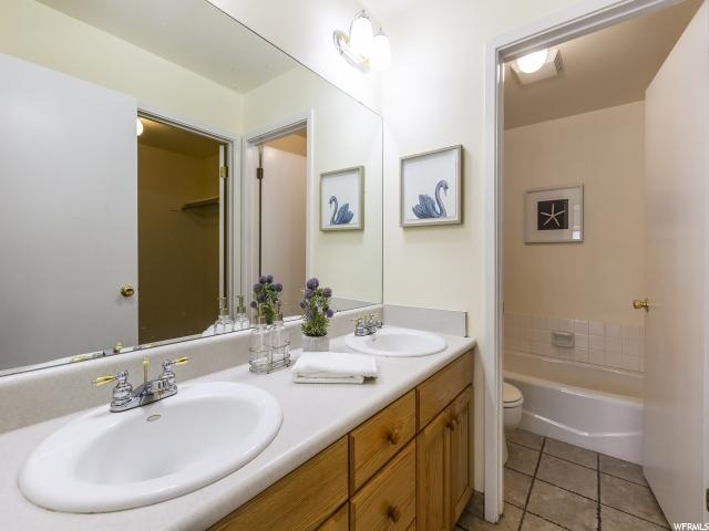 1155 E BRICKYARD, Salt Lake City, Utah 84105, 2 Bedrooms Bedrooms, ,2 BathroomsBathrooms,Condo,For sale,BRICKYARD,1622661
