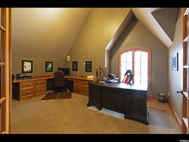 963 E Old English RD, Draper, Utah 84020, 7 Bedrooms Bedrooms, ,7 BathroomsBathrooms,Single family,For sale,E Old English RD,1628206
