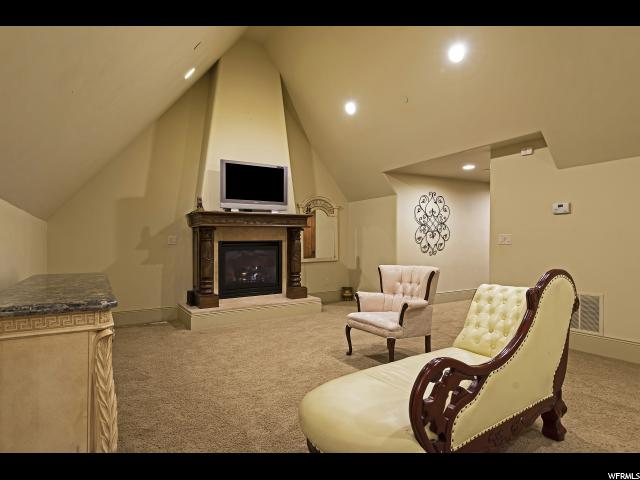 3271 E Deer Hollow S DR, Sandy, Utah 84092, 7 Bedrooms Bedrooms, ,11 BathroomsBathrooms,Single family,For sale,E Deer Hollow S DR,1633997