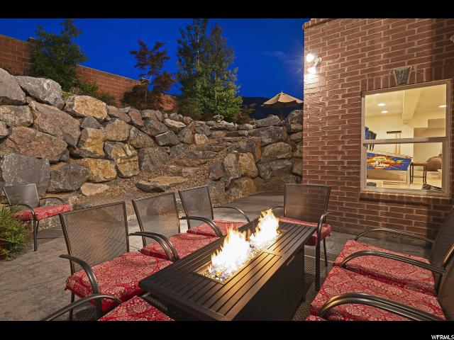 11045 S Tall Pines E WAY, Sandy, Utah 84092, 5 Bedrooms Bedrooms, ,4 BathroomsBathrooms,Single family,For sale,S Tall Pines E WAY,1634752