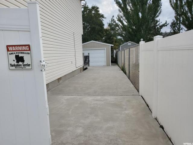 1605 W 8390 S, West Jordan, Utah 84081, 5 Bedrooms Bedrooms, ,2 BathroomsBathrooms,Residential,For sale,8390,1635551