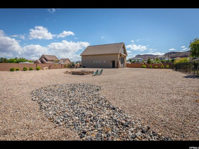 2529 E 3860 S, St. George, Utah 84790, 5 Bedrooms Bedrooms, ,4 BathroomsBathrooms,Residential,For sale,3860,1635611