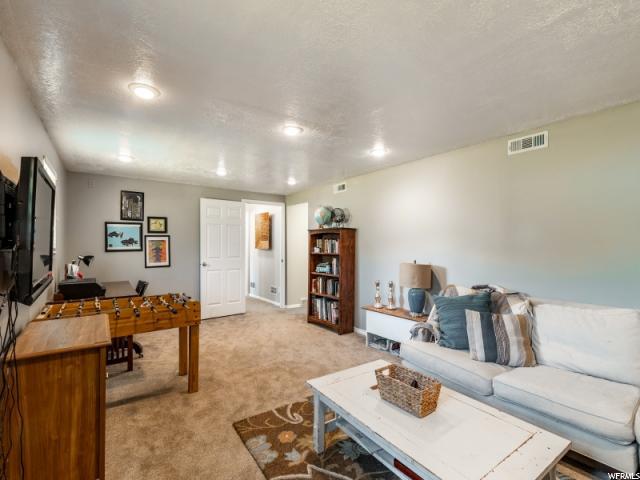 691 N BONITA WAY, Centerville, Utah 84014, 4 Bedrooms Bedrooms, ,3 BathroomsBathrooms,Residential,For sale,BONITA,1635612