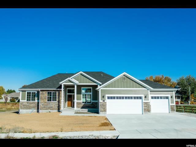 93 E ELAINE CIRCLE CIR #3, Nibley, Utah 84321, 6 Bedrooms Bedrooms, ,4 BathroomsBathrooms,Residential,For sale,ELAINE CIRCLE,1637237